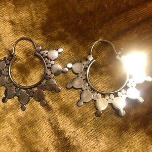 GORGEOUS gold plated earrings NWOT